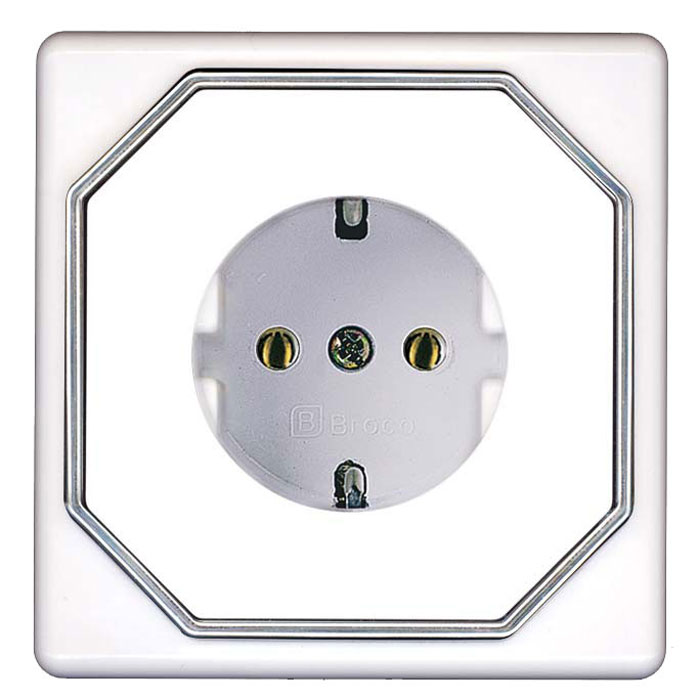 Broco Electrical - Socket Outlet