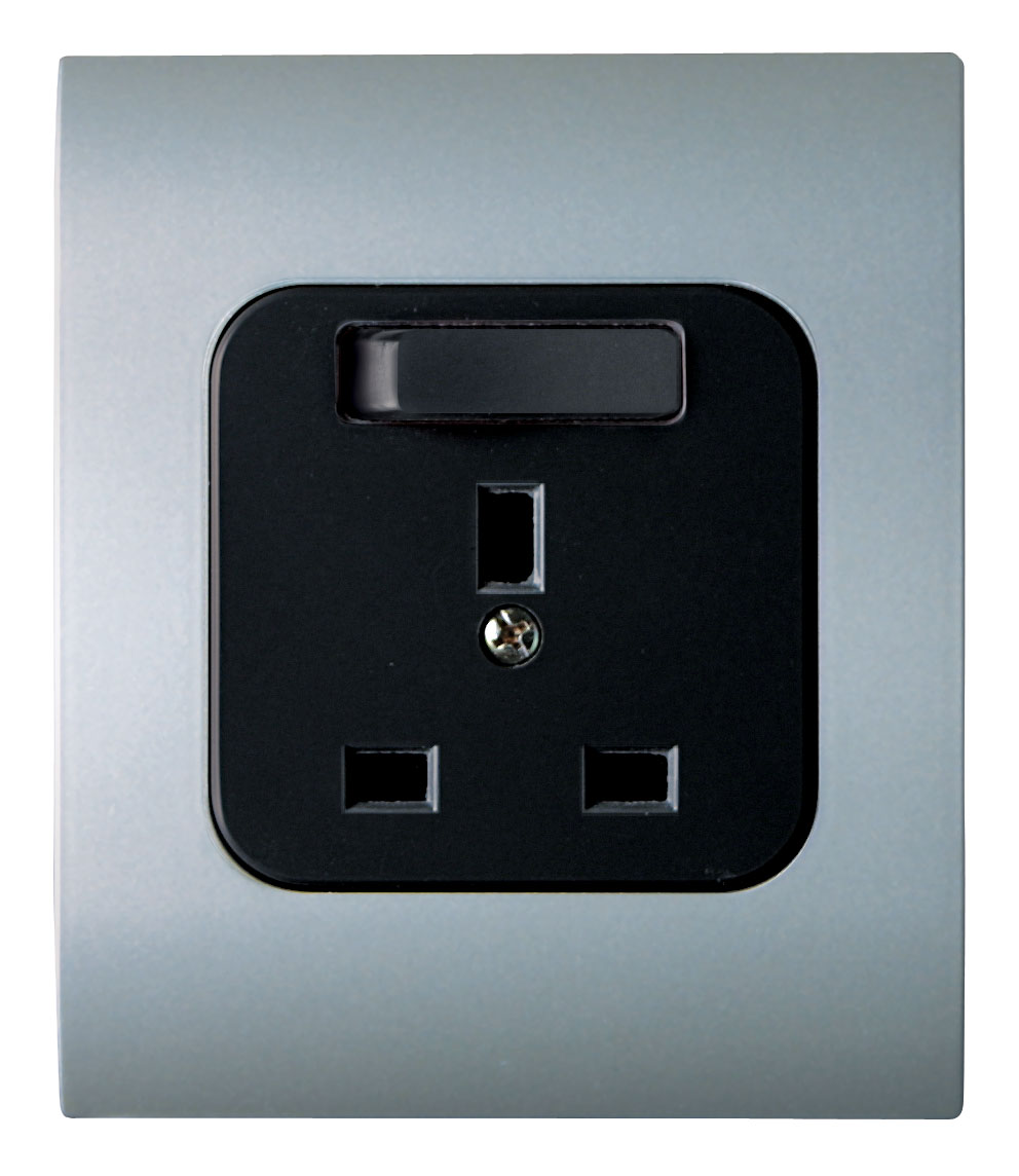 Broco Electrical - British Standard Socket Outlet with Switch and Child Protection