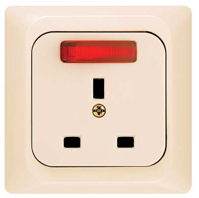 Broco Electrical - British Standard Socket Outlet with Switch, Indicator Lamp and Child Protection