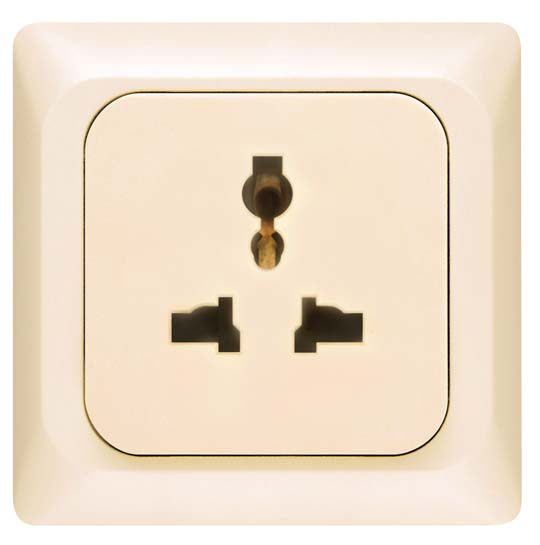 Broco Electrical - Universal Socket Outlet