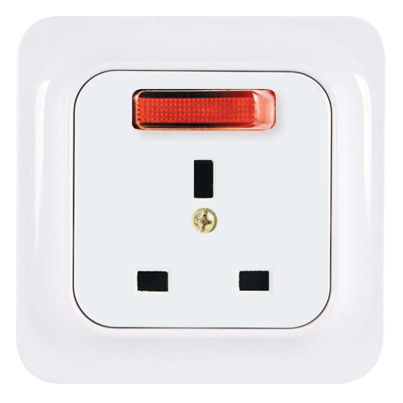 Broco Electrical - British Standard Socket Outlet with Switch, Indicator Lamp & Child Protection